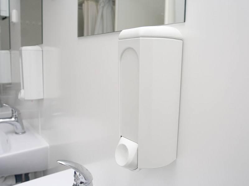 kontener prysznicowy 1